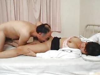 Japanese Doctor Is Horny For Coc...