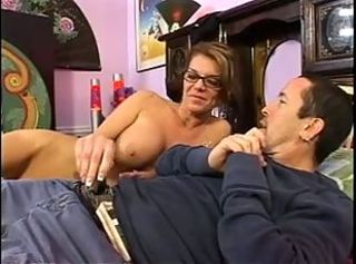 Hot older woman gets fucked f...