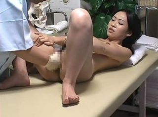 Japanese girl massaged and fingered