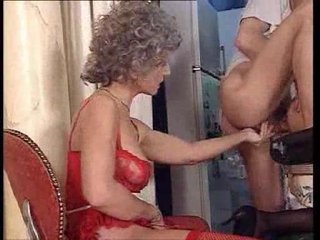 Two mature sluts fucked and there is anal fisting