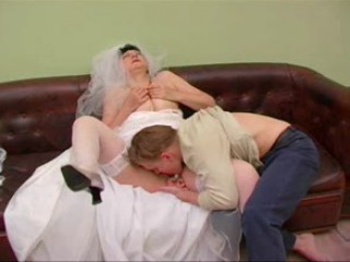 Amateur Bride Clothed Licking Mature Stockings