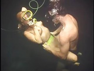 Scuba diving and hardcore sex tubes