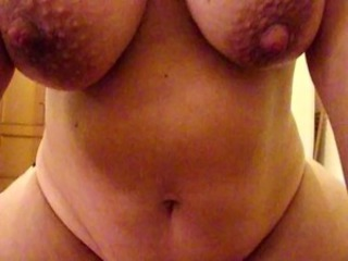 Amateur Big Tits Chubby MILF Natural Nipples