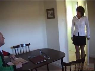 Amateur MILF cheating on her husband by dow50