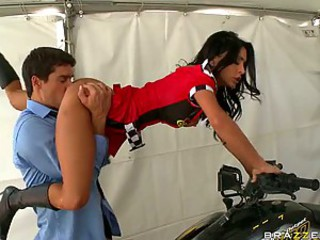 Cock-Hungry Brunette Race Queen Jessica Jaymes Gets Fucked Really Hard