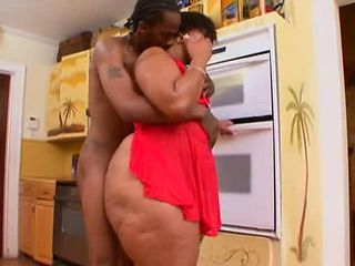 Sugarhill - enormously giant Azz