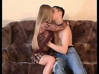 Amateur Girlfriend Kissing Long hair Teen