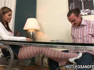 Nasty babe Satin Bloom gets that naughty feet touring on a stud's private part Sex Tubes