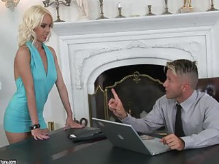 Angelina Rich seduces her boss and..