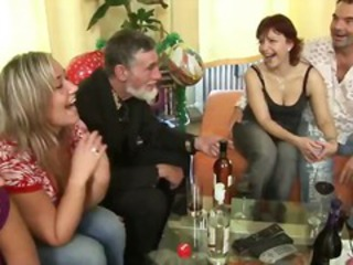 Drunk Groupsex Old and Young Swingers Teen