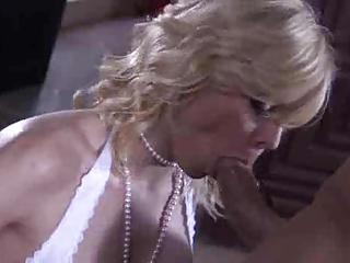 Blonde Is Super Hot And Taking Dick Deep