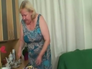 Wife comes in when her massive Mom rides My shlong