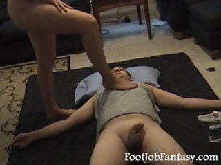 Facesitting handjob