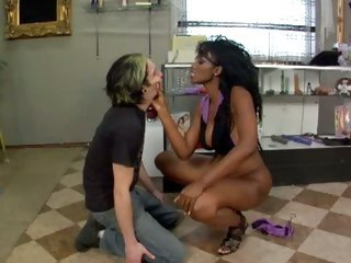 Erotic Nyomi Banxxx gets this dude to lick her ass