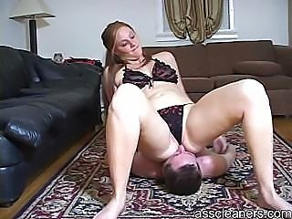 Giantess mistress facesits a man until he is smothered