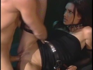 Guy goes wrist deep into this dirty skanks ass and pussy