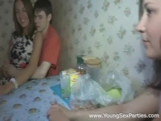 Amateur Groupsex Kitchen Teen