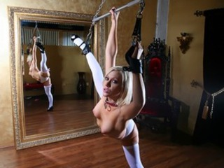 Nena Bondage Flexible