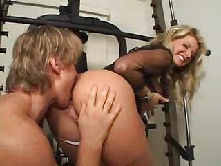 Ass Blonde Licking MILF