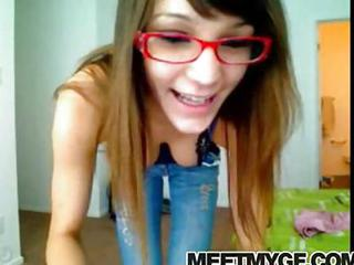 Glasses SaggyTits Teen Webcam