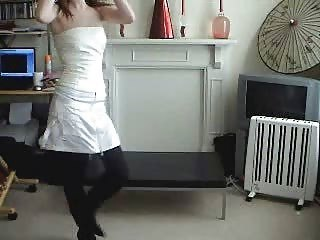 Hot Sexy Teen Dancing