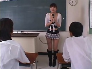 japanese girl goes dp2