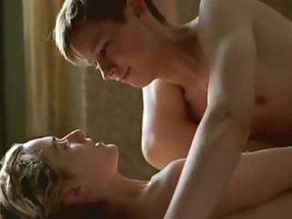Kate Winslet exposes her creamy ass, supple boobs and...