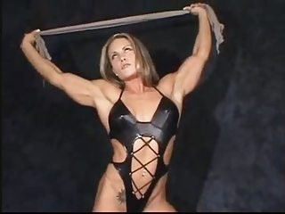Celebrity MILF Muscled