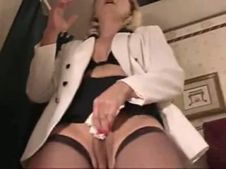 Hot Dirtytalking Cougar Smoking Sex