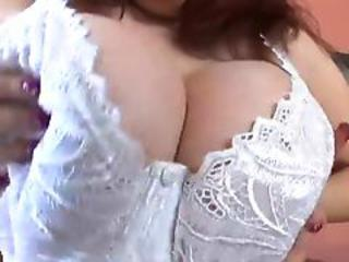 Chubby Brunette With Fabulous Tits Love Fuck