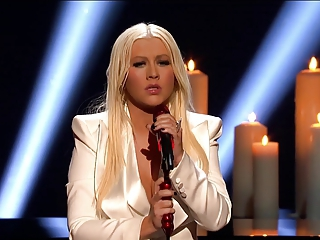 CHRISTINA AGUILERA - PEOPLE'S CHOICE AWARDS 2013 WINNER