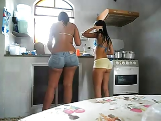 Sexy Latinas in Tight Shorts