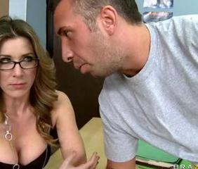 Kayla Paige is supervising and she is clearly in a down mood and Keiran notices He decides to take advantage of the situation and gets Kayla to open up and tell him that she is splitting up with her boyfriend Keiran showers convinces her that th