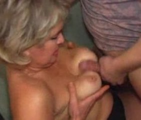 Amateur Mature Mom Old and Young Russian Tits job