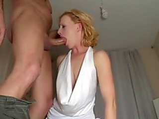 Amateur Blonde Blowjob Deepthroat MILF