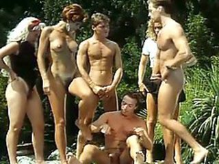 Groupsex MILF Orgy Outdoor