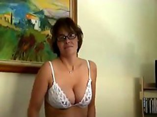 http%3A%2F%2Fxhamster.com%2Fmovies%2F946245%2Fmature_in_glasses_strip_and_masturbates_and_suck.html