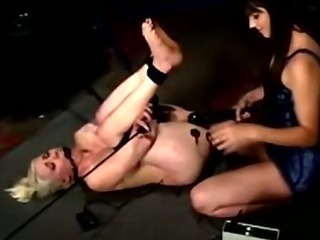 Delimited lesbian accompanying fights against an orgasm