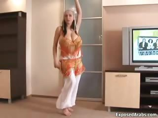 Amateur Arab Big Tits Bus Dancing Natural Stripper