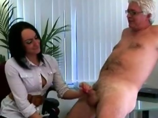 Cfnm fetish office hottie gives handy