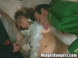 Midget Fantasy Princess Banged by Prince and a Pauper