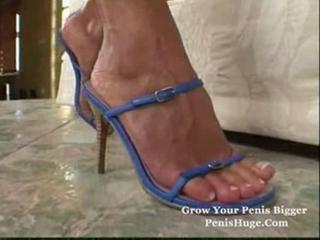 Cute MILF Foot Solo