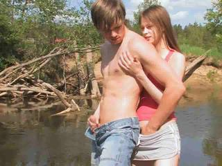 Girlfriend Handjob Outdoor Teen