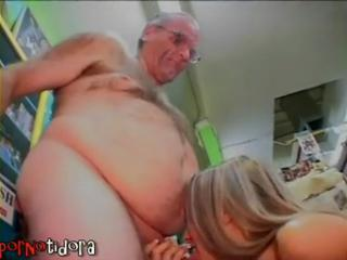 Amateur Blowjob Daddy Old and Young Small cock