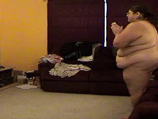 Alma Smego Is A Really Big Girl And She's Playing Nintendo Wii Sex Tubes