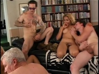 Old guy gives warm head to ebony tranny