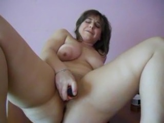 Chubby Dildo Masturbating MILF SaggyTits Solo Toy Webcam