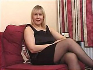 BRITISH Tanya Her First Time Amateur