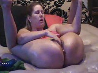 Squirting during the homemade toy fucking scene tubes