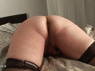 Amateur Ass Mature